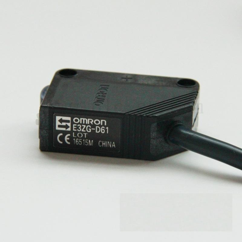 Cảm biến quang E3ZG-D61-S 2M